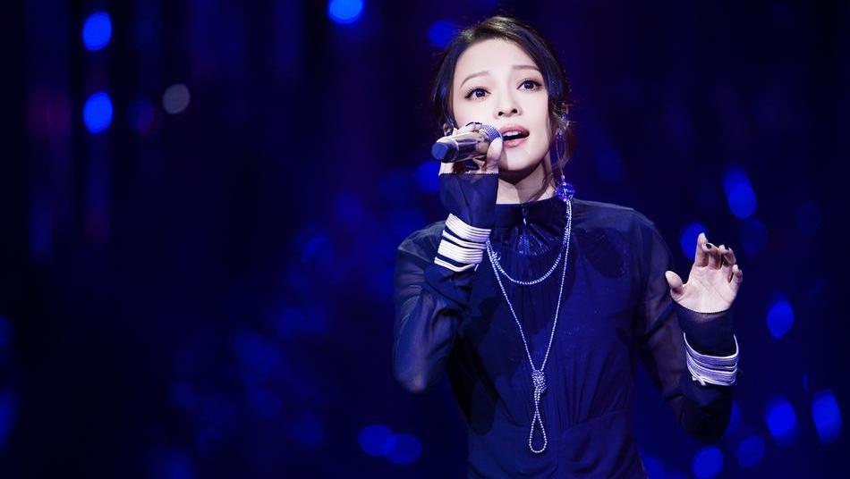 娱乐热记录: 《歌手》张韶涵独家花絮 少女依旧