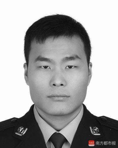 贵州30岁民警马金涛缉毒中不幸牺牲! 当天主动请战, 女儿刚1岁