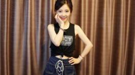 【宠】头像女主播佳妮捏胸斗鱼热舞女生12.2性感视频图片a头像图片