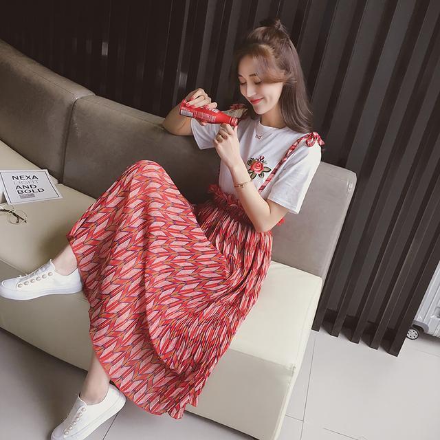淑女半身裙_搭配小白别再愁啦, 今年流行T恤+半身裙or吊带裙, 淑女又仙气