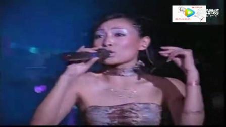 鸟巢流浪歌手汤华斌阿龙图片