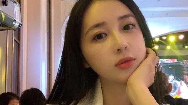 上海伪名媛圈兴起,潘玮柏妻子再次受质疑,成了舆论的焦点