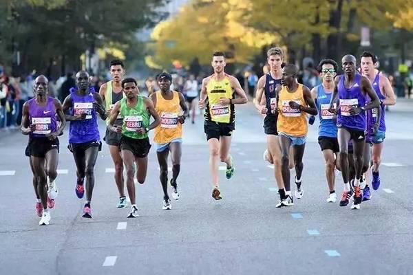 专业马拉松运动员周训练计划