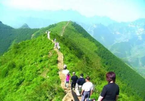 周六出游, 周日睡觉! 看风景最好的20条登山步道, 走起!