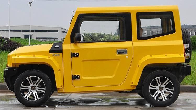 国产造出最便宜越野SUV!才卖5万多,长相如悍马还能爬楼梯