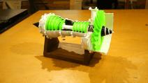 牛人用3D打印制作燃气轮机模型,你听那转动起来的声音