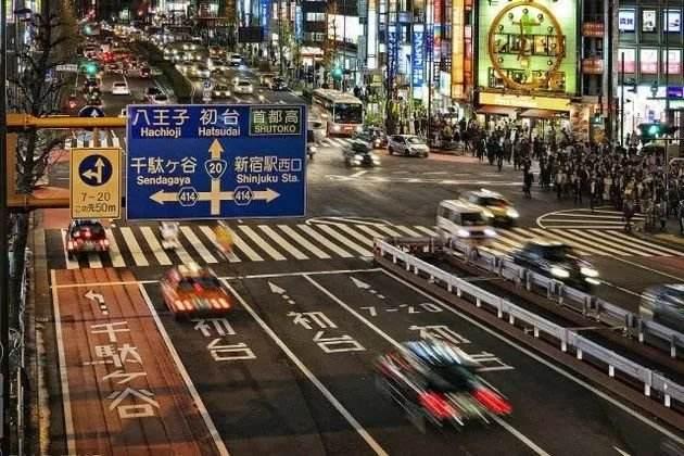 日本人口密度是中国5倍, 为何不堵车? 停车场让国人颜面扫地