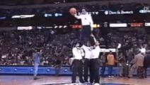 托尼贾的真功夫,腾空踢飞3.5米篮球,甄子丹李连杰都做不到