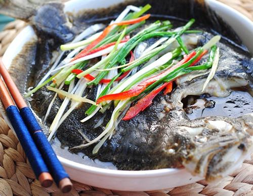 教你清蒸多宝鱼的家常做法, 刺少肉多, 营养美味, 最适合孩子吃