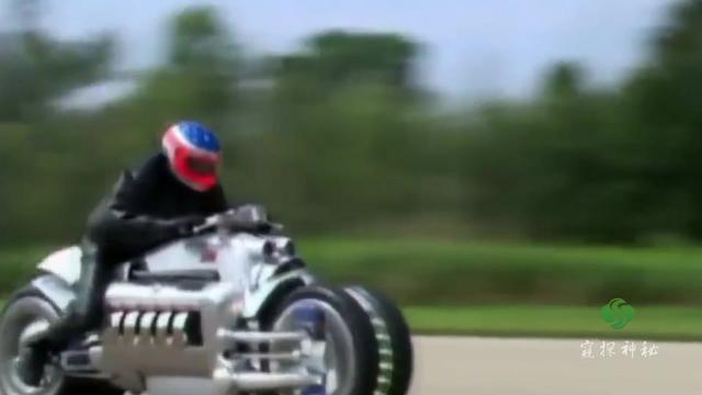 世界上最快的摩托车,时速可达676千米,是高铁的两倍多!