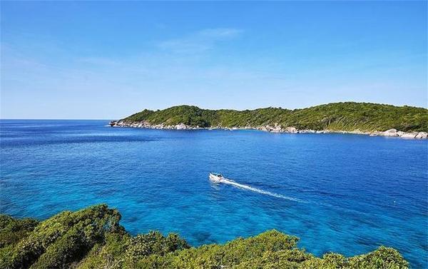 泰国最大的岛, 世界十大最美岛屿之一