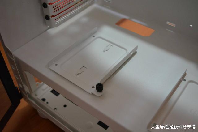 挑战者H3机箱尝鲜,人性化设计,轻松打造电竞机箱(图12)
