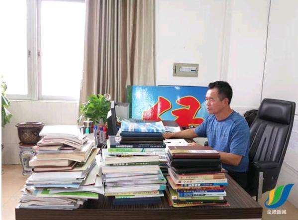 珠海两教师入选全国优秀教师拟表彰名单 点赞