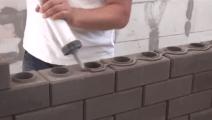 有了这种砖块,一个人轻松建起一座豪宅,省时省力还省钱