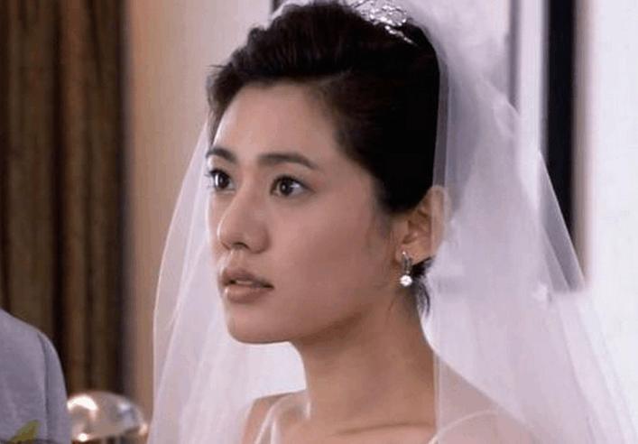 38岁秋瓷炫素颜近照, 把自己当中国人, 做中国好媳妇儿