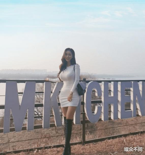韩国犯规级女模Candyseul, 天使与魔鬼的结合体, 身材不输卡戴珊