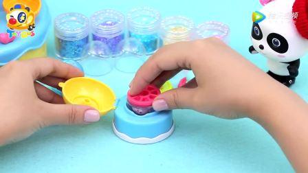 少儿益智早教 小熊猫玩水晶球圣诞玩具 卡通动画