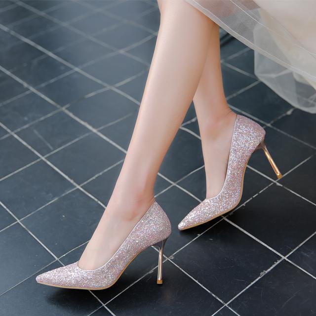 今夏流行的这几款高跟鞋, 老公看完都要给我买回来
