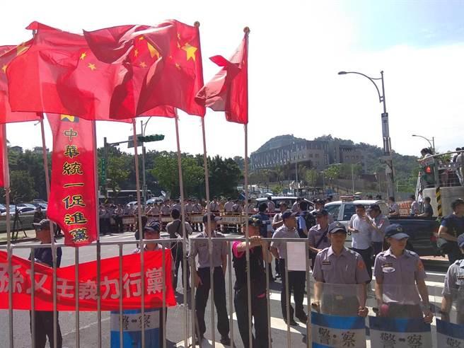 """台湾统派高呼:""""若解放军登台就起义"""""""