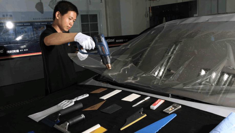 为什么美国人打死也不给汽车贴膜,而中国人却要花上万元贴膜?