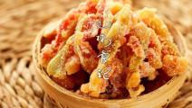 西瓜皮也能做美味哦,又漂亮又好看,快跟美女学学吧