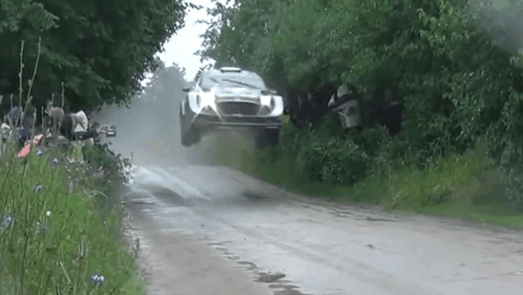 WRC拉力赛车,绝对是打死不松油门比赛