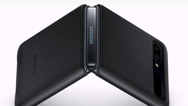翻盖手机又回来了  借助柔性屏, 三星Z Flip带来久违的感觉