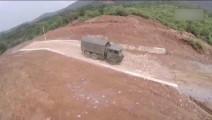 解放军神一样的驾驶技术 大卡车开出坦克范儿