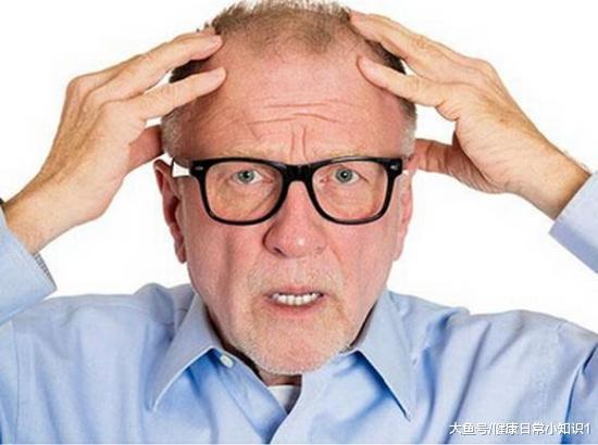 """男人40岁后, 坚持""""2吃2喝"""", 补充雄激素, """"男性魅力""""更加充足"""