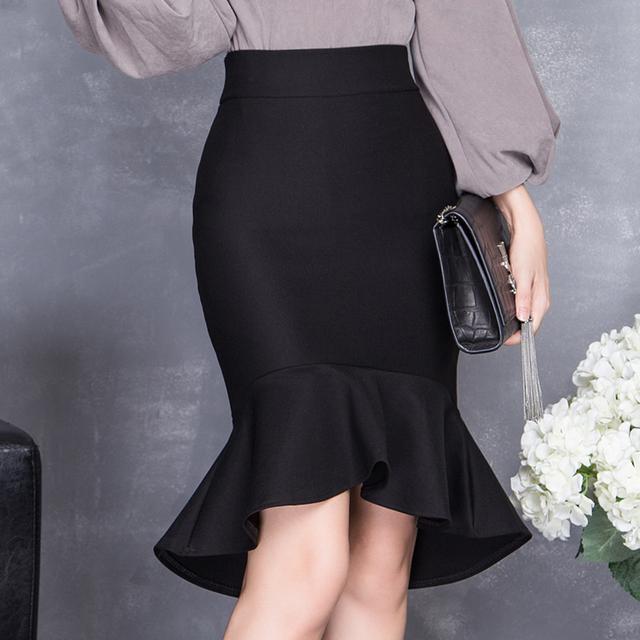 流行半身裙_还在穿过时的连衣裙? 今年超流行半身裙, 穿出性感翘臀