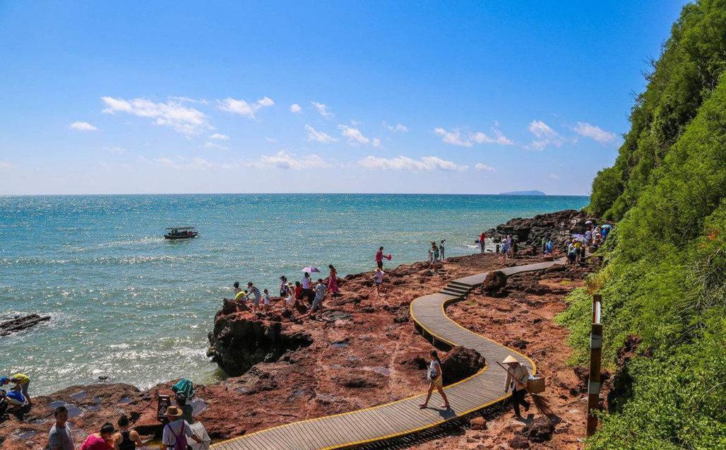 中国最适宜居住的海滨城市, 年均温23度, 还是著名长寿之乡(图1)