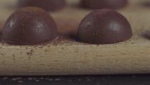 这款桃子巧克力慕斯蛋糕,打开你冬日下午茶新口味