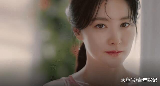 48岁李英爱近照美若天仙, 活成了所有女人想要的样子!