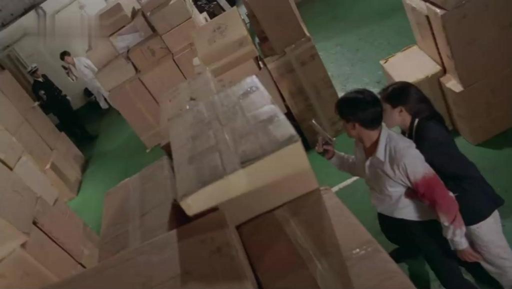 香港经典的动作片,比成龙的动作片还要搞笑