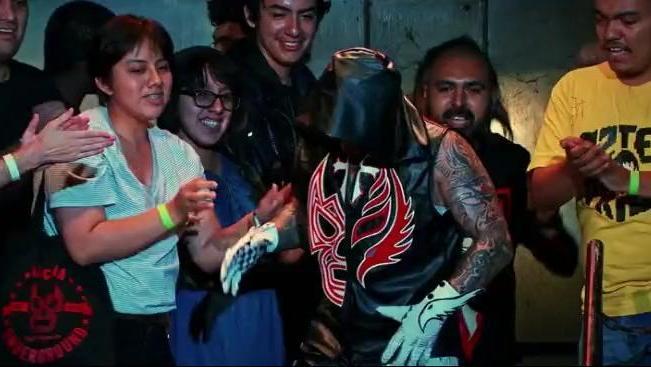 昔日被WWE抛弃的神秘人雷尔,如今已成为地下联盟的头牌!