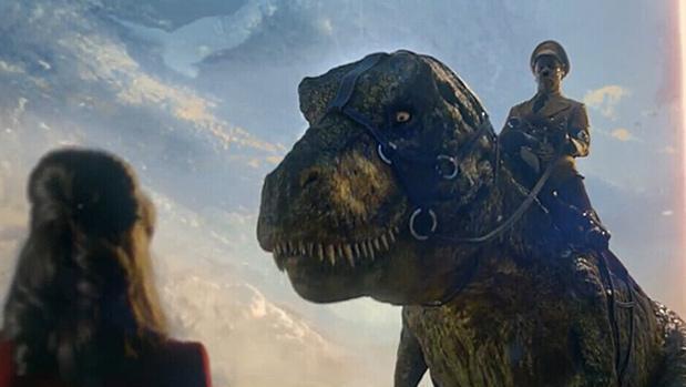 打开 纳粹恐龙军团反攻地球《钢铁苍穹2 即临种族》官方预告片!