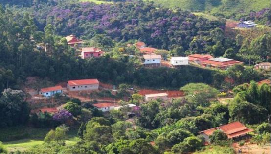 """巴西小镇""""女儿国"""", 600多单身女性无人敢娶, 简直是男人的噩梦(图4)"""