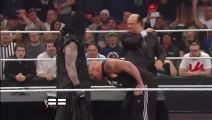 野兽大布在WWE最惨的两次,被送葬者掐住脖子摔成重伤!