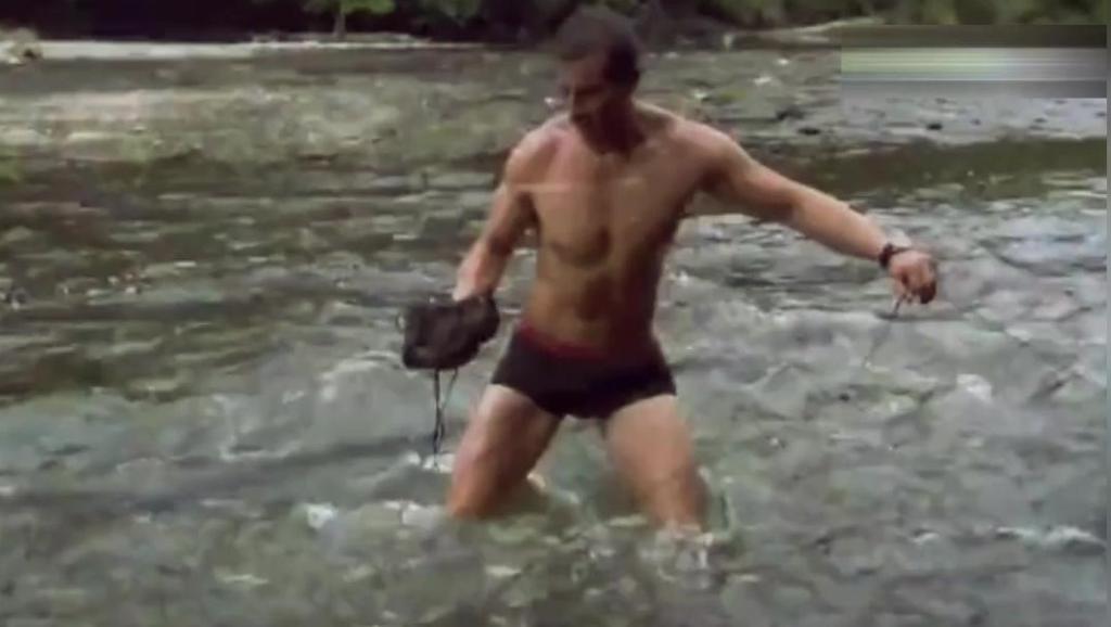 贝爷钓到几斤重的大鱼,这一顿美滋滋