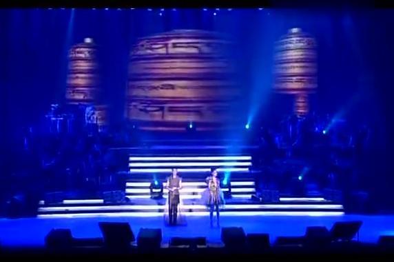 凤凰传奇-吉祥如意 2011北京演唱会现场版