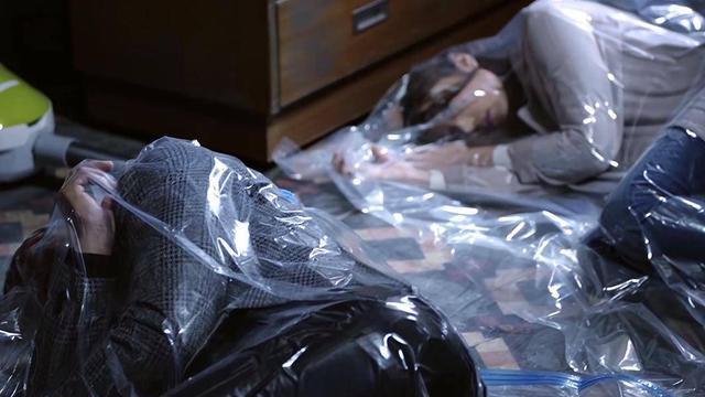 42岁TVB帅气型男演死尸赤裸裸被解剖引热议为家庭甘愿做配角多年