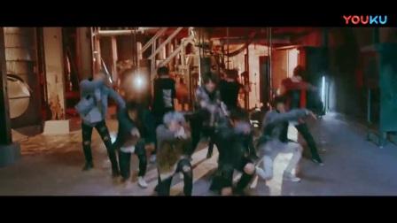 「杨晃」韩国少年团Stray Kids最新舞蹈单曲Grrr 총량의 법칙