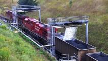 拉煤车走一段必须得喷水?你要认为是防止自燃那就错了!
