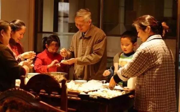 冬至吃什么传统食物?解密2017冬至为什么要吃饺子