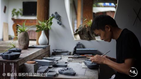 杭州淳安,古时又称睦州青溪,一直流传着三大民间传统技艺:木雕,根雕