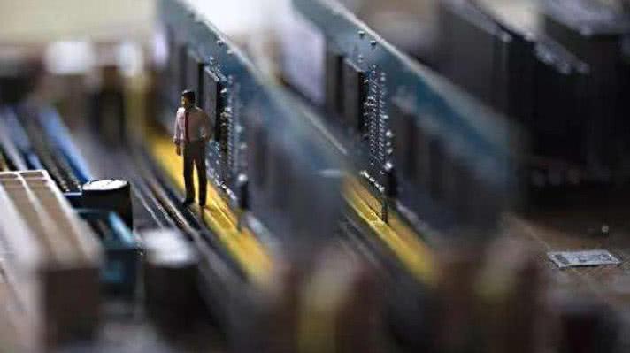 美 澳 日 韩 印禁售国产芯片, 拒绝华为后  中国展开4大行动
