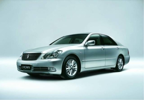 新款丰田皇冠上市 喜欢的趁早买吧 下一代皇冠不会国产了