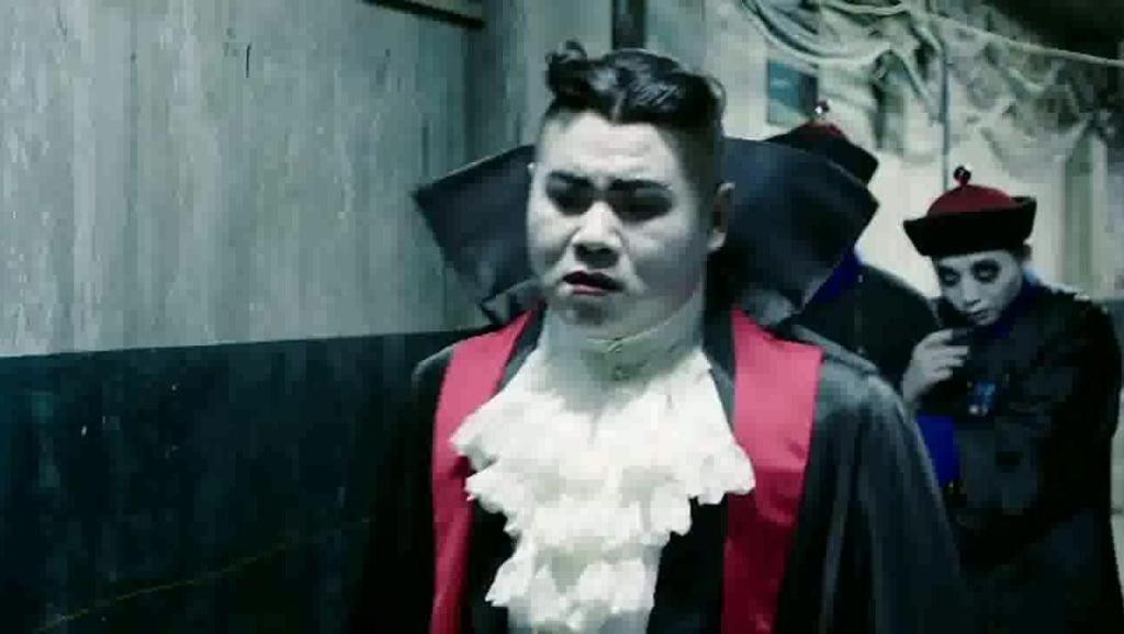 《妖铃铃》这应该是岳云鹏自拍戏以来,造型最炫酷的一部!