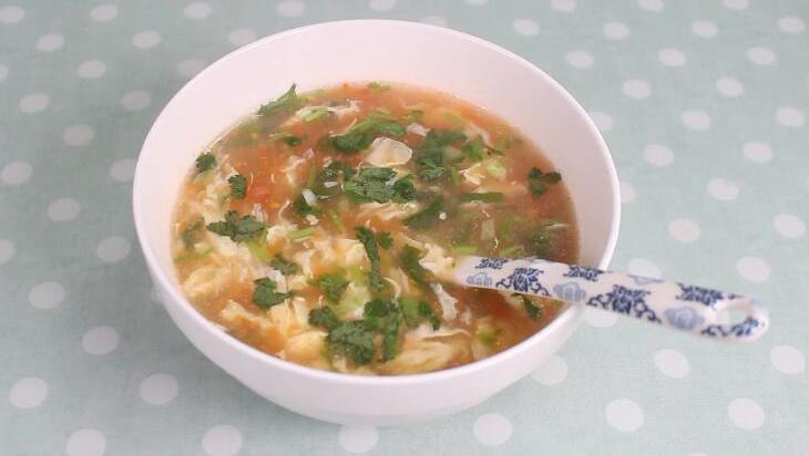 西红柿鸡蛋汤试试这样做,简单又美味,大人小孩都喜欢