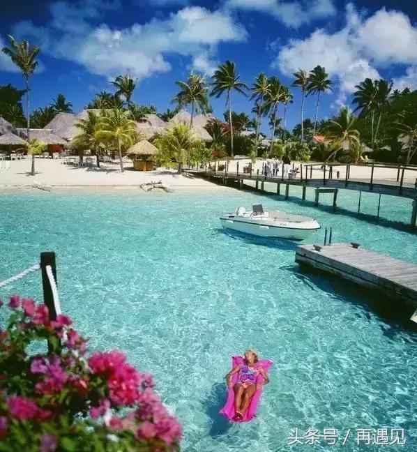 而去巴厘岛海岛办婚礼或度蜜月